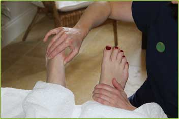 reflexology-vicki-ball2